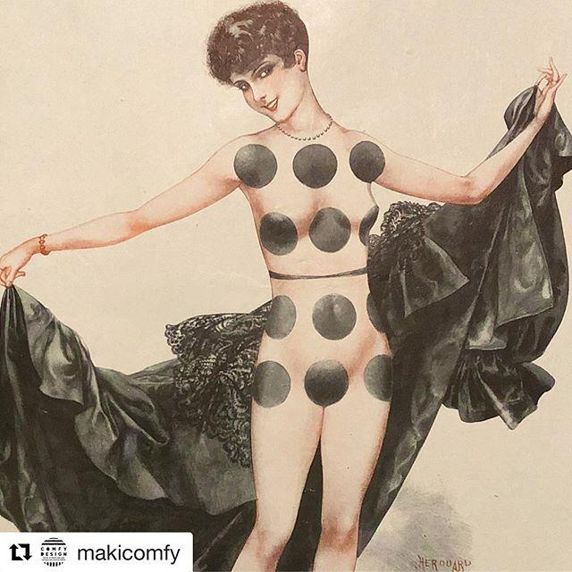見た瞬間に心奪われる#Repost @makicomfy with @get_repost・・・1928年のLa vie Parisienne より。纏っていたドレスを脱いだ先には、ドミノになった女性の姿とてもキュートで有りスタイリッシュな一枚です♪———————————————————————— (Instagram)